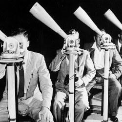 Ve más allá de la ciencia ficción… ¿quieres viajar al pasado? Mira al cielo a través de un telescopio.