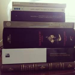 Capturas de hoy.#bookstagram #books #librostagram #libros #readingissexy #feriadellibro (en Feria del Libro de Málaga)