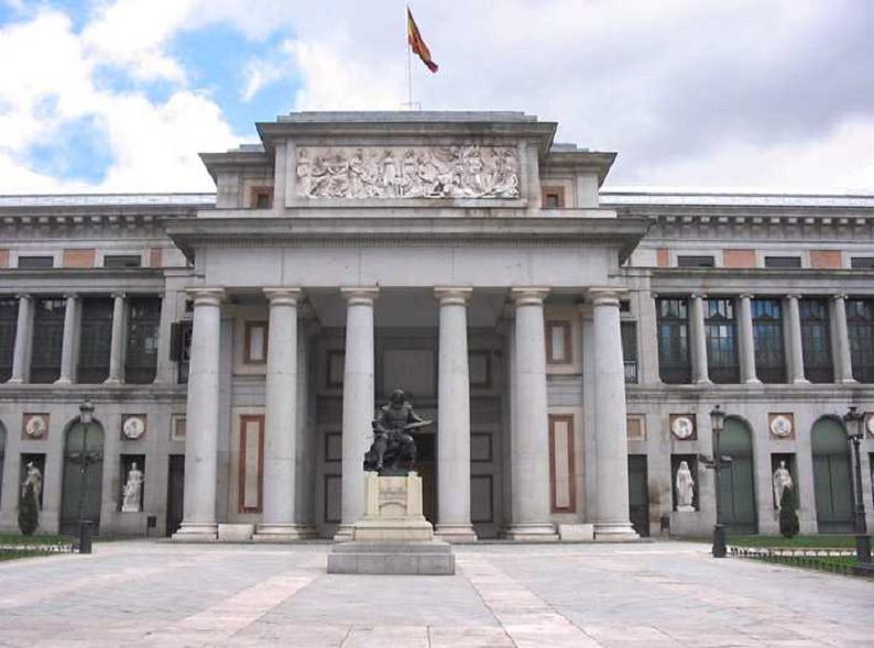 Escultura Goya Prado PASEO DEL PRADO