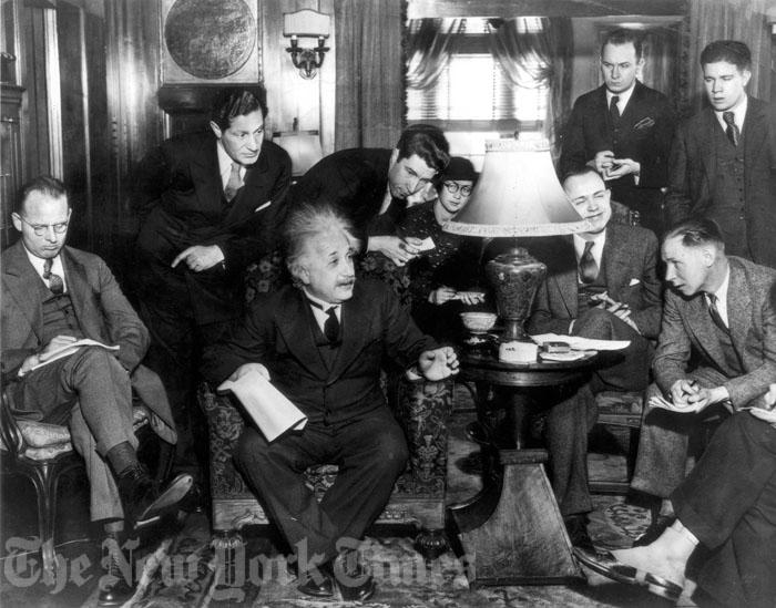 Albert Einstein en 1934 New York Times Einstein sobre profesores y alumnos