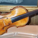 Stradivarius Palacio Real de Madrid 150x150 Mastica tú mismo la fruta