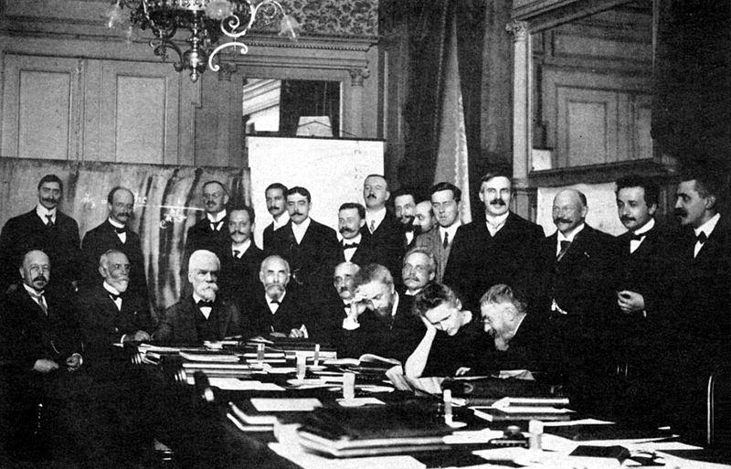 Conferencia Solvay 1911 Einstein, la importancia de la educación